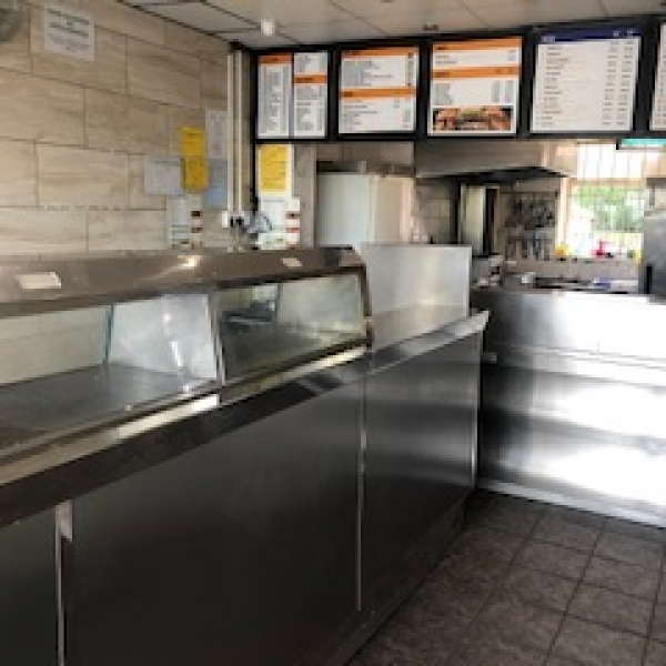 BARGAIN PRICE FISH CHIPS AND PIZZA TAKEAWAY IN SOUGHT AFTER LOCATION IN TYNE AND WEAR
